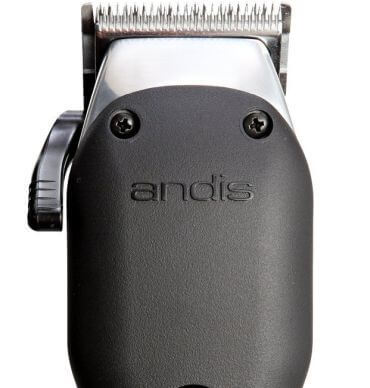 The Andis Pro Alloy XTR clipper is the newest addition to the Andis professional hair clippers family.