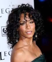 black women medium lenght curly