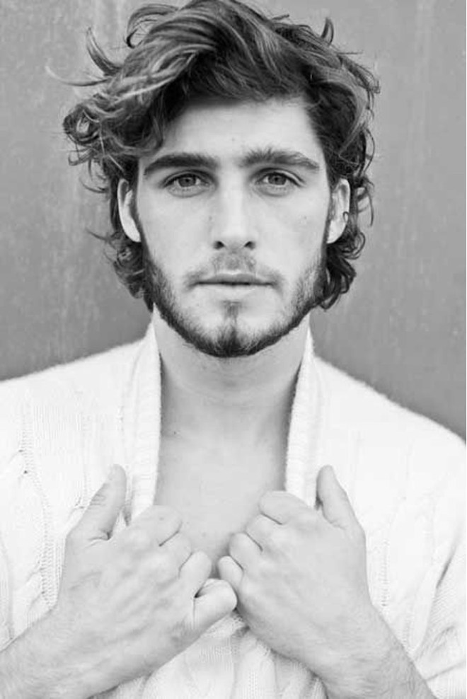 Mens Messy Hairstyle For Thick Hair