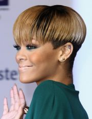 gorgeous razor cut short hairstyles