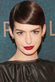 side part short hairstyles