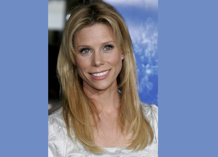 Cheryl Hines Easy To Style And Low Maintenance Youthful