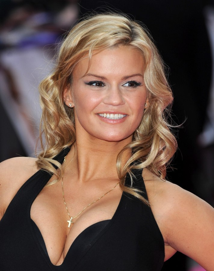 Kerry Katona Wearing Her Long Hair With Spirals That Make