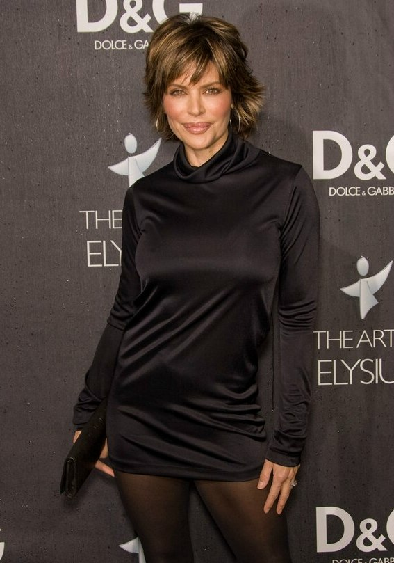 Kristin Kreuks New Short Haircut And Lisa Rinna Looking