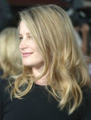 bridget fonda long hairstyle