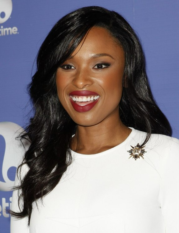 Jennifer Hudson  Sleek and shiny black and just above the bust line hair