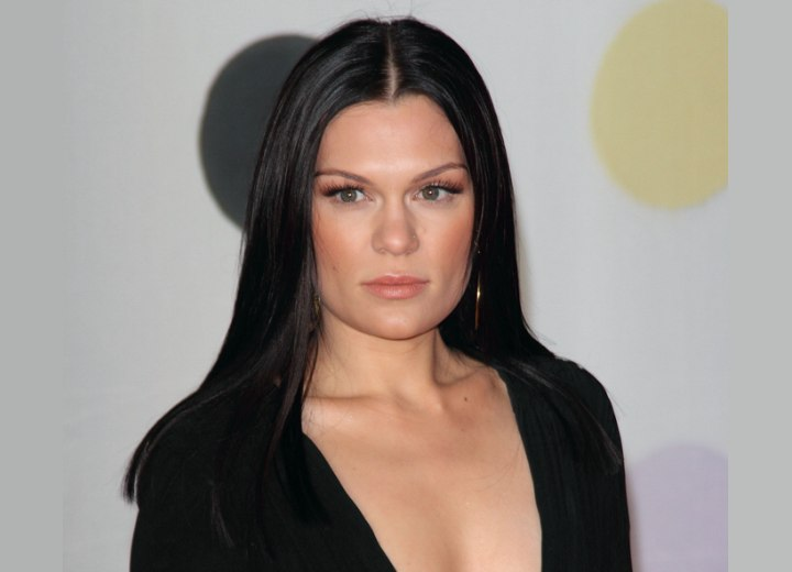 Jessie J With Sleek Long Hair Hair That Looks Extremely