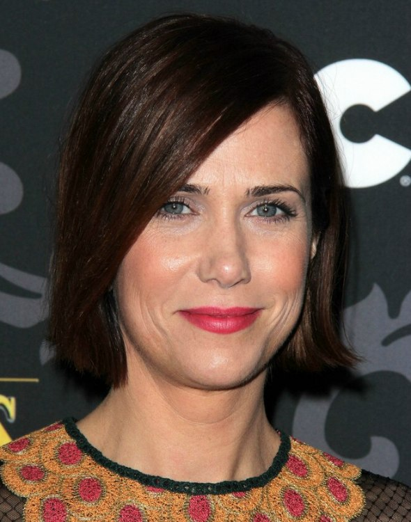 Kristen Wiig  Short hairstyle for a 40 year old woman with thin hair
