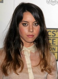 Aubrey Plaza | Long and effortless hairstyle with on trend ...