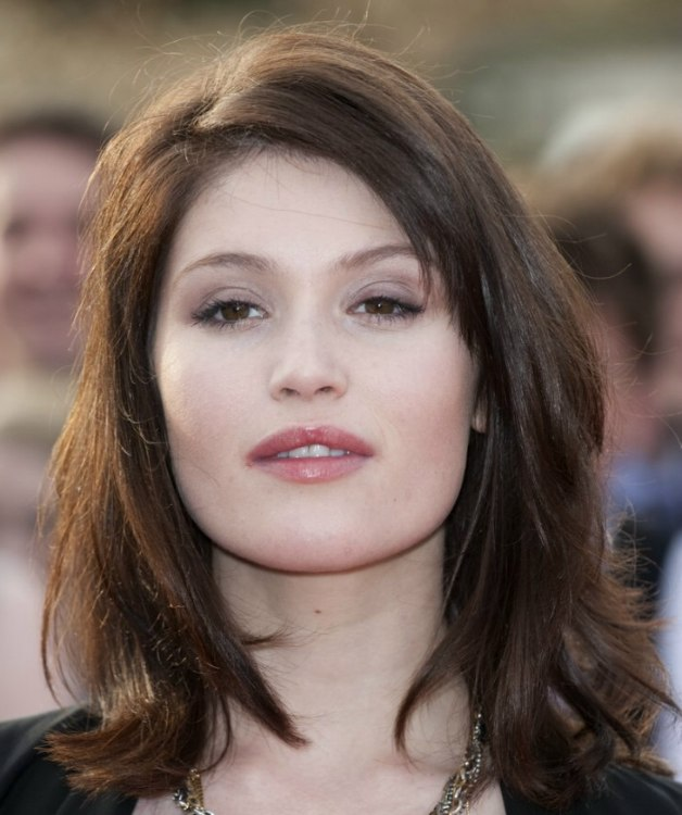 Gemma Arterton  Hairstyle with length around the