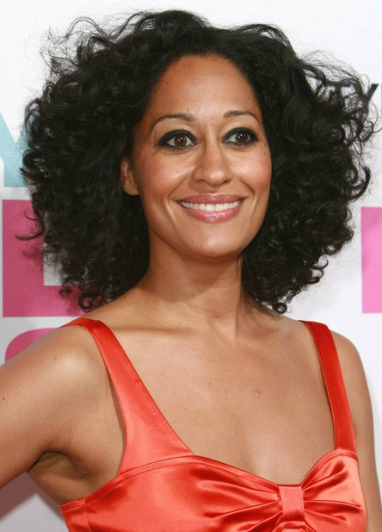 Tracee Ellis Ross Carefree Neck Length Haircut With