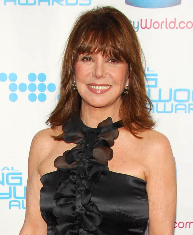 Marlo Thomas Smooth Chestnut Hair With Bangs Cut Just