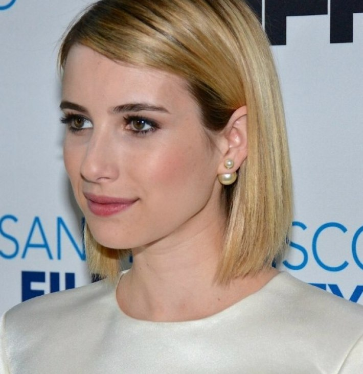 emma roberts | long sleek bob with rounded layers and