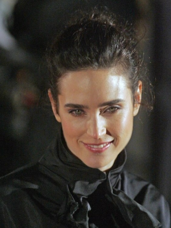 Jennifer Connelly wearing her hair up in an easy to do old fashioned bun