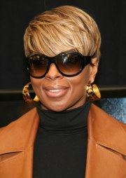mary . blige's short haircut