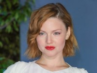 Holliday Grainger | Curly bob for ginger colored hair