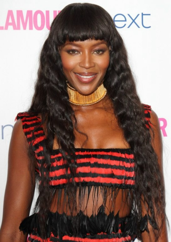 Naomi Campbell Very Long Dark Hair That Falls In Small Waves