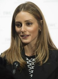 Olivia Palermo wearing her hair in a sleek and simple ...