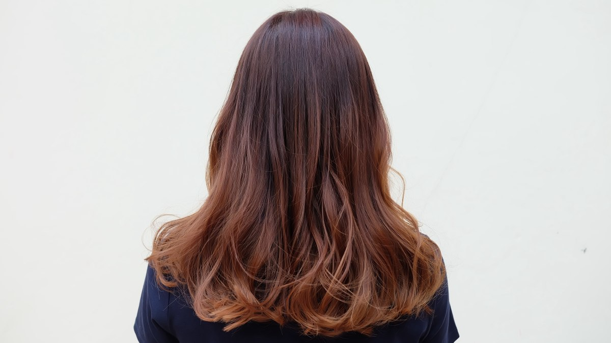 Can I ombr my dark brown hair using just bleach?