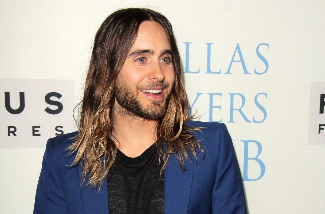How to grow long hair as a man