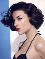short roller set vintage hairstyle