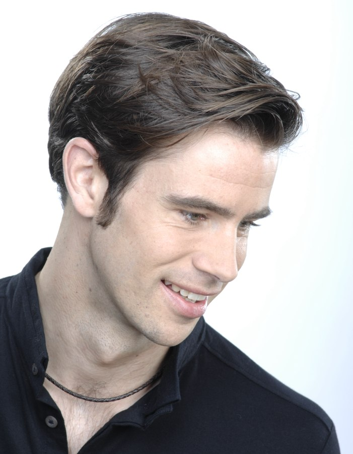 Short And Clean Hairstyle For Men Square Sides