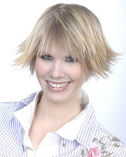 youthful and lively short hairstyle