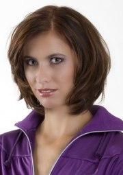 maintenance neck-length haircut