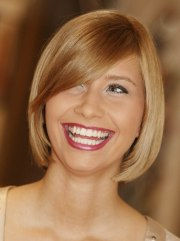 blunt cut bob hairstyle with