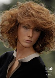 curly hair fashion in italy