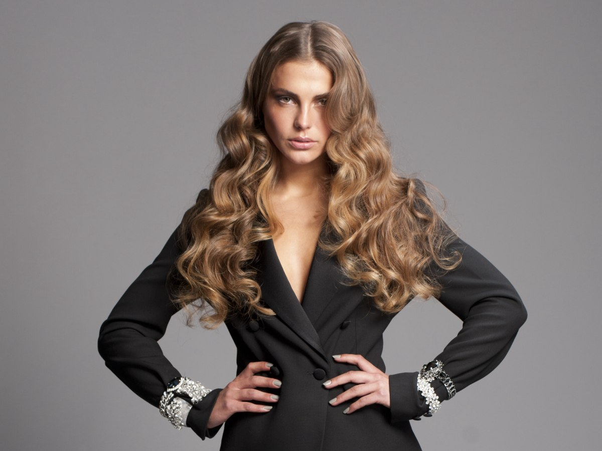 Super Long Hair With Waves That Turn Into Curls In The Tips