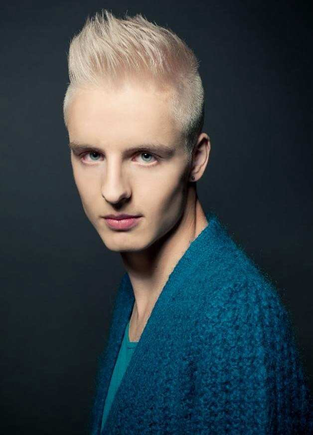Short and spiky platinum blonde hair for men