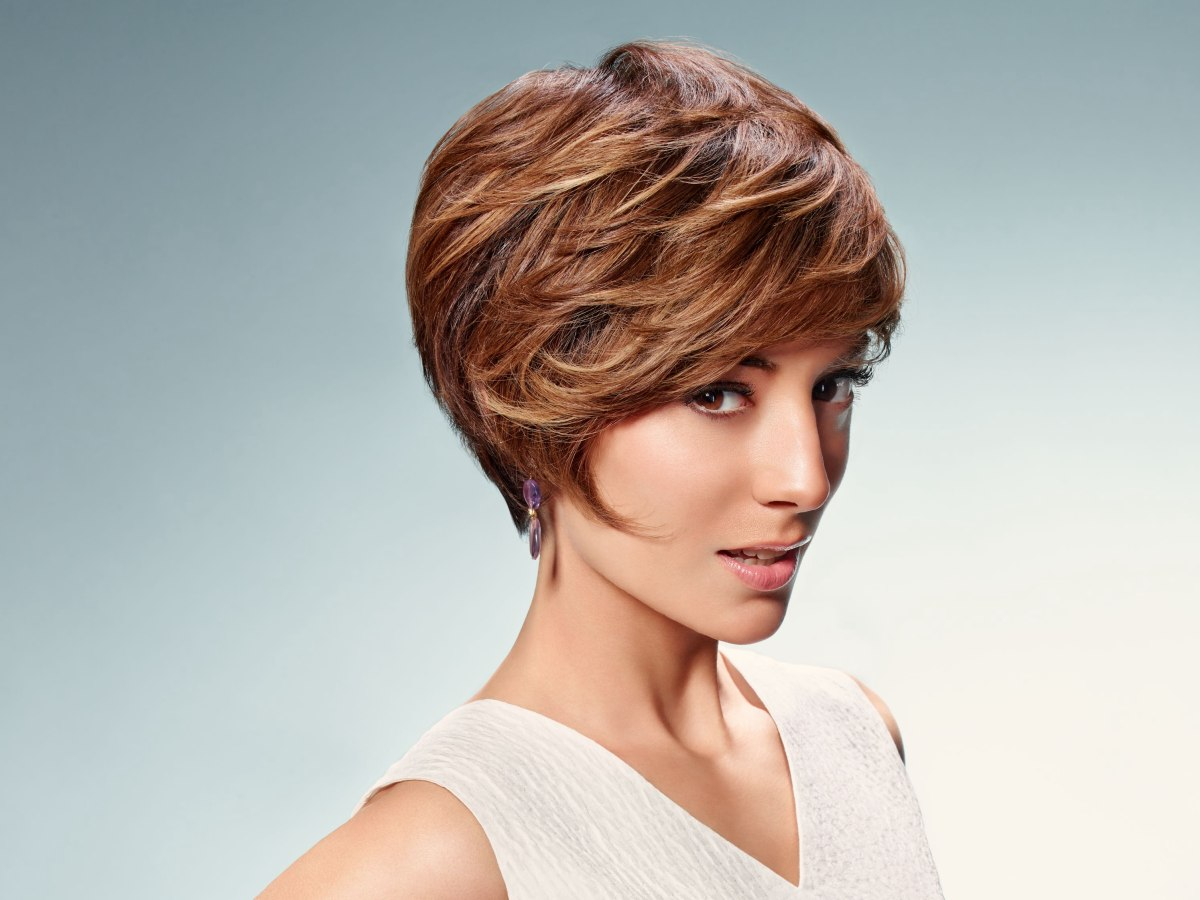 Best Short Hairstyles For Small Faces Easy Casual Hairstyles For