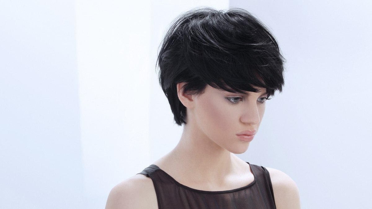 Short haircut that can be styled in many different ways