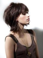 hairstyles make woman stylish