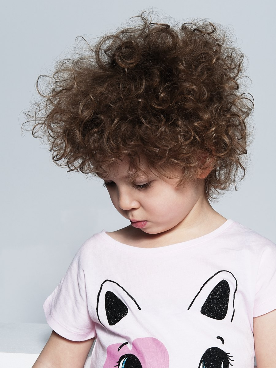 Childrens haircut to take care of large curls