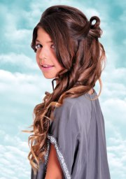 long curled and looped teen girls
