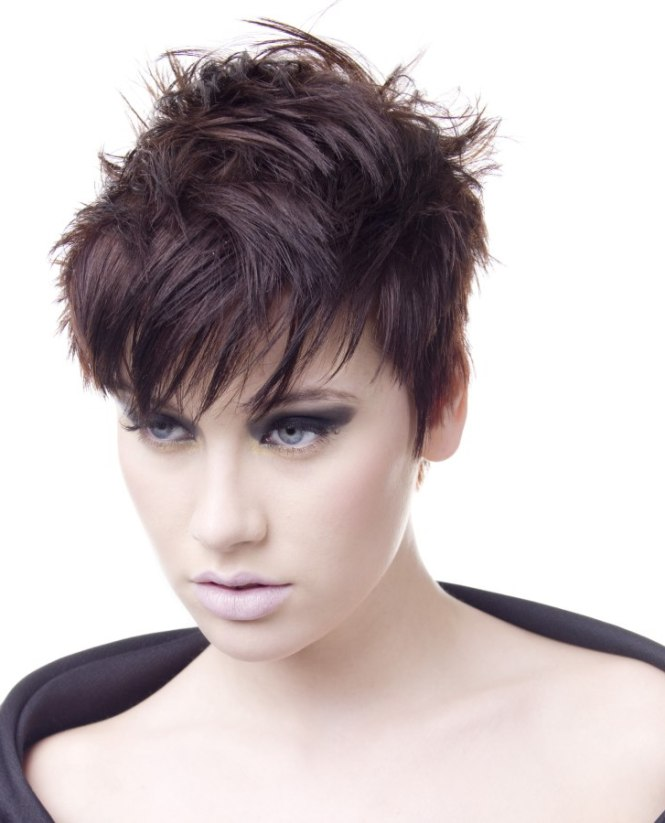 Hairfinder short haircuts the best haircut of 2018 short blonde crop with the hair cut at same length all over winobraniefo Image collections