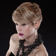 modern hairstyles short blond
