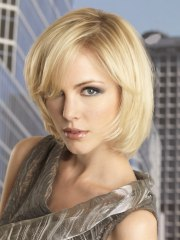 short hairstyles woman