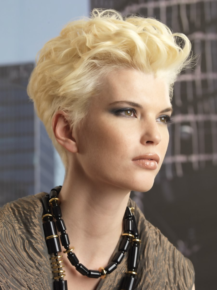 Sporty short haircut with curls and short sides