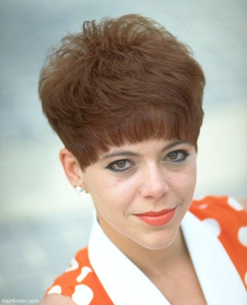 Nostalgic short clipped hairstyle inspired by the 60s and 70s