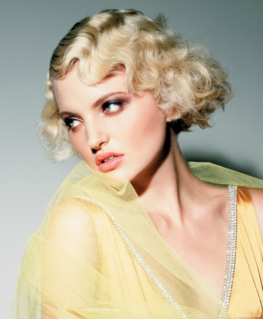 Fingerwave styling for short hair to transform a bob into