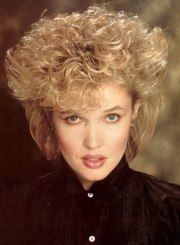permed and teased 1980s hairstyle