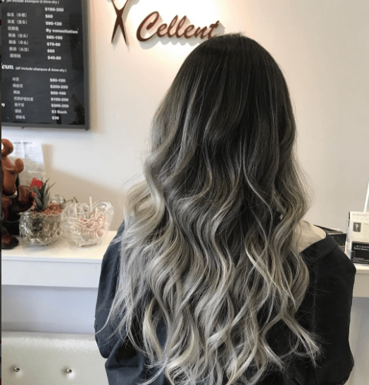 ash blonde hair highlights