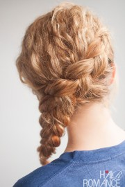curly side braid hairstyle tutorial