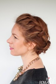 quick everyday curly hair updo