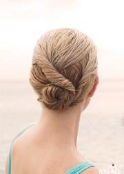 beach bun twist hairstyle tutorial