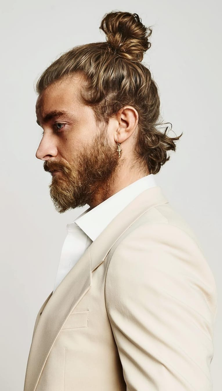 Hairbun Hairstyle Ideas For Guys