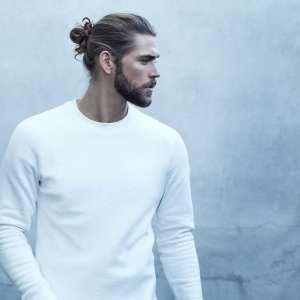 Hairbun and beard combination